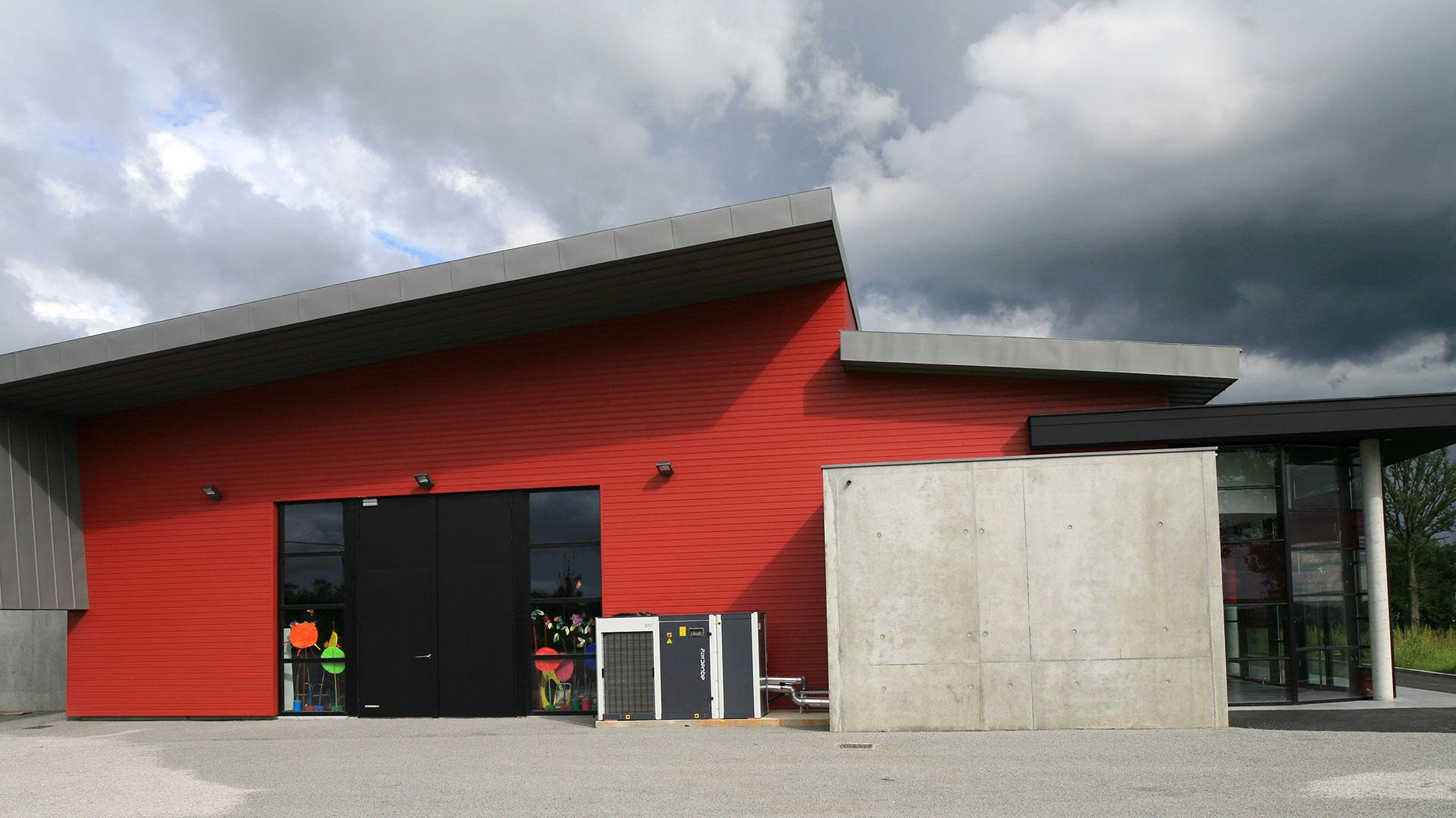 Slide-Salle-de-spectacle—Boisseuil
